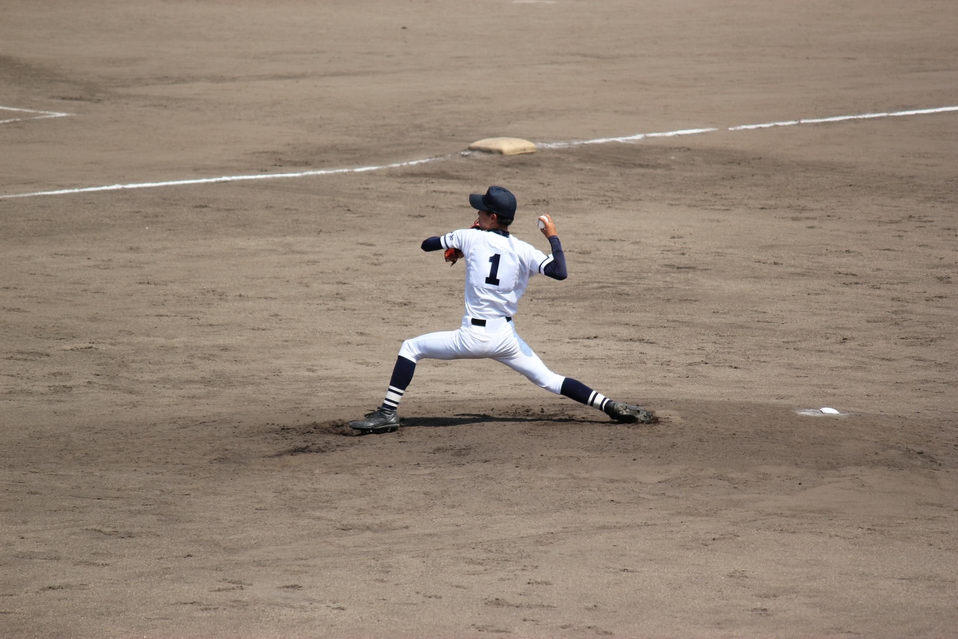 【フォーム固め・自主練に】ジャイロスティックは子どものピッチング練習に最適!