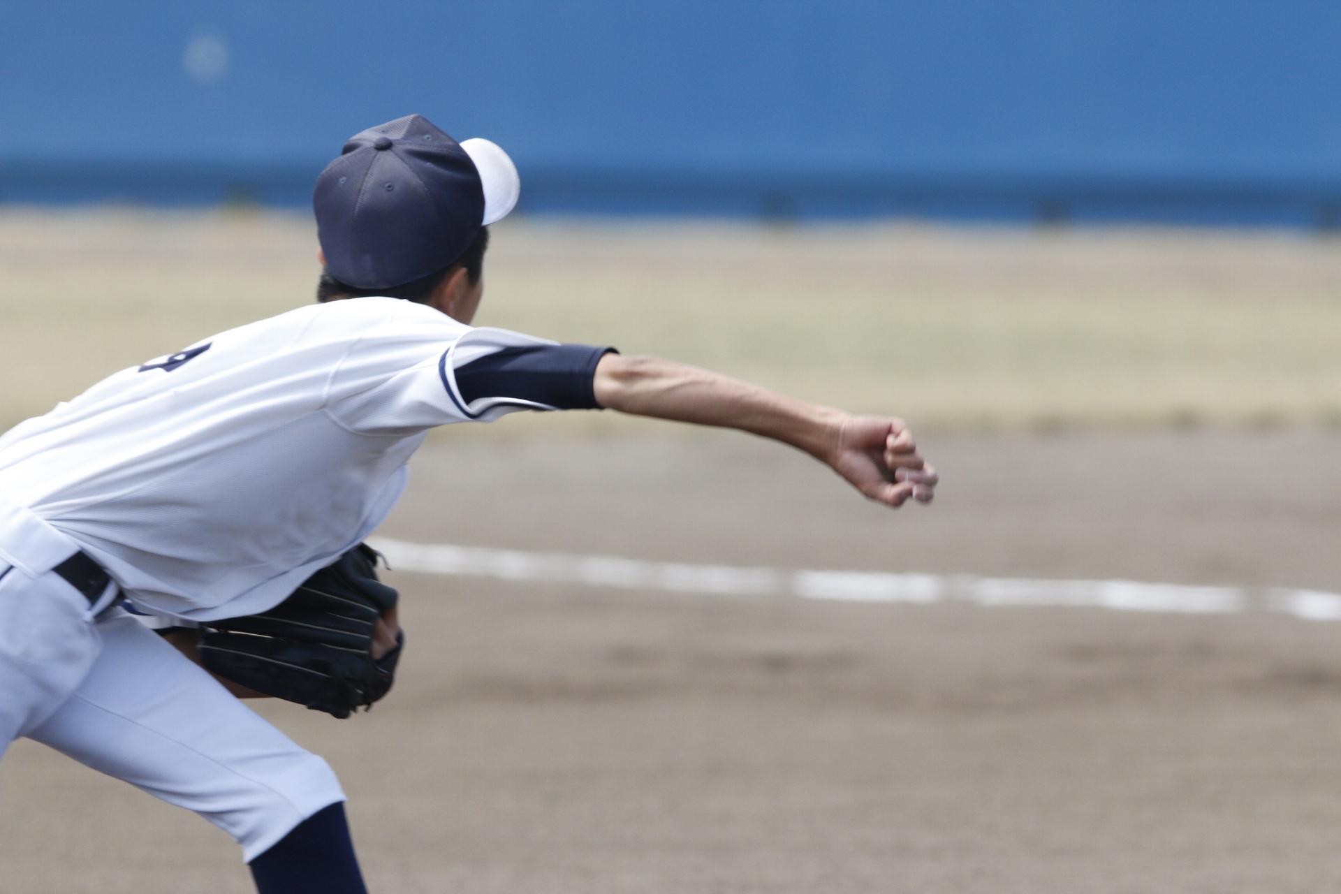 【投球・送球のキレが上がる効果】ジャイロスティックで練習して効果が出たこと3選